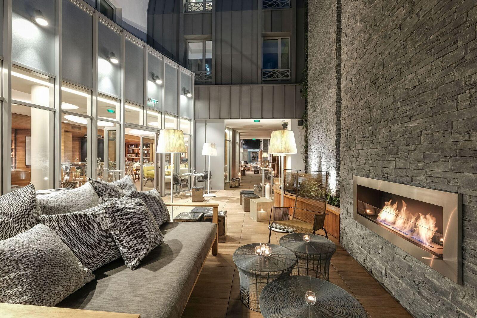 hotel renaissance paris